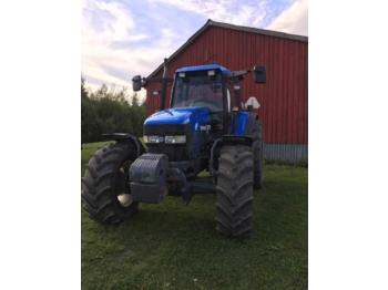 New Holland TM115  - tractor agricol