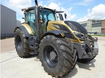 Tractor agricol Valtra T214D Direct Smart Touch